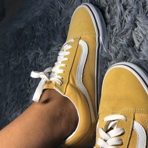 Custom made yellow vans off-the-wall skater low.